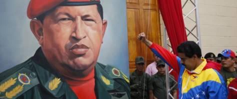 Il presidente del Venezuela Maduro e Chavez