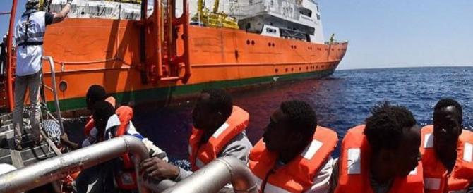 Fermata la prima nave di una Ong che non aveva firmato il codice anti-scafisti