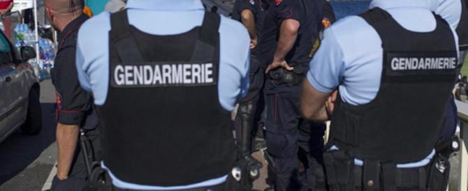 Francia, sparatoria vicino a una moschea: 8 feriti, c'è anche una bambina