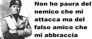 Assessore del Pd condivide su Facebook una frase di Mussolini. Poi se ne pente…