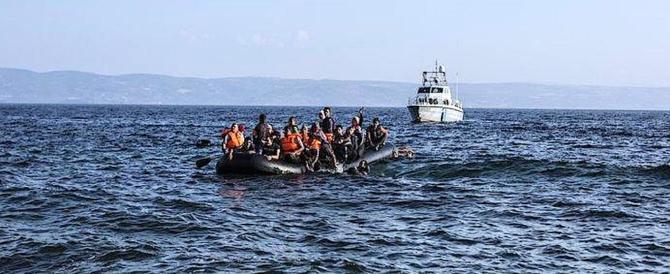 """Forza Italia: """"Bloccare quelle navi ong che fanno da traghetto ai clandestini"""""""