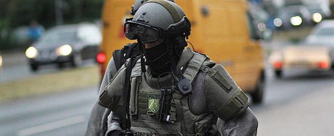G20, violentissimi scontri ad Amburgo: 159 agenti feriti, 45 dimostranti fermati