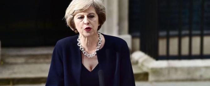 Brexit, la May agli italiani in Gran Bretagna: «Vogliamo che restiate»