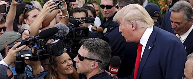 """Trump denuncia la stampa Usa: """"Licenziano chi non mi odia"""""""