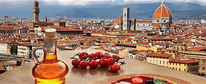 Vale oltre 70 miliardi di euro la nostra industria turistica, 180 con l'indotto