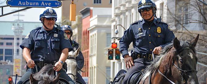 Usa, la polizia uccide 492 persone da gennaio: 1 su 4 aveva disturbi mentali