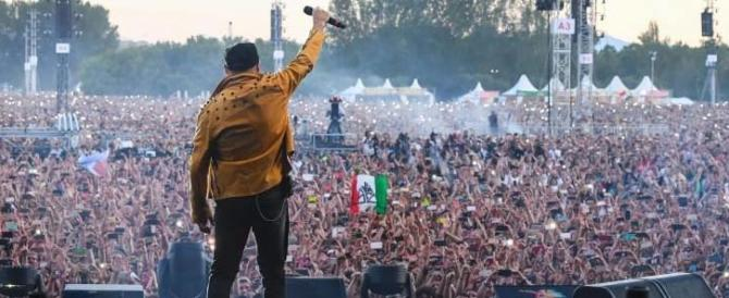 Vasco mette sul palco Nietzsche e Alfredo e non è la prima volta nella musica pop (video)
