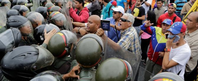 Il dittatore rosso Maduro teme la rivolta dei militari: raffica di arresti