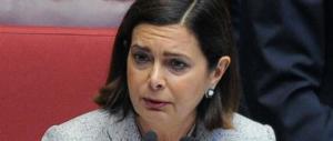 Laura Boldrini evita il processo, ma il Gip la stronca: «La sovranità non si cede»