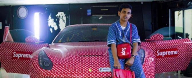 Follie da ricchi, quindicenne di Dubai si fa personalizzare la Ferrari (video)