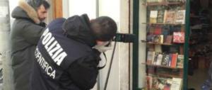 Bomba di Capodanno alla libreria di Casa Pound: arrestati 5 anarchici