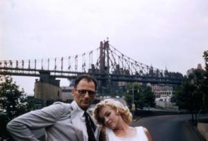 Con lo scrittore Arthur Miller, uno dei tre mariti di Marylin