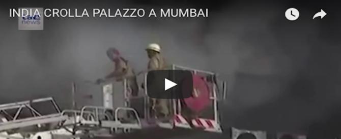 Crolla una palazzina a Mumbai: è la terza in 1 mese. Decine le vittime (VIDEO)