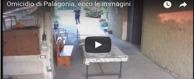 """Palagonia, omicidio """"in diretta"""": killer fredda la vittima, la telecamera lo riprende (Video)"""