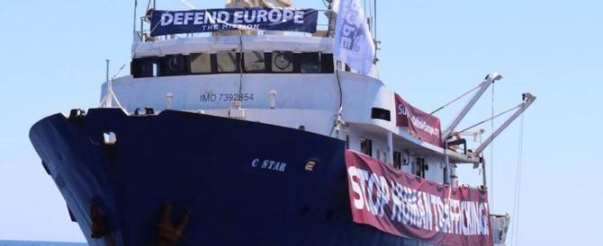 """Defend Europe in avaria rifiuta ogni aiuto da navi ong: """"Facciamo da soli"""""""