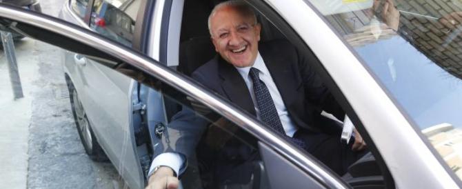 """""""Chi paga la nuova autoblu di De Luca?"""". Forza Italia all'attacco (video)"""