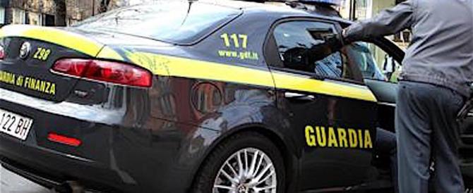 Massa Carrara, anziani legati al letto, minacciati, percossi: tre arresti