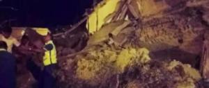 Terremoto a Ischia, due vittime e 39 feriti. Si scava per salvare due bimbi