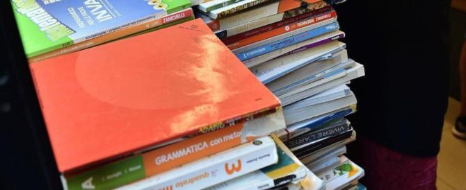 Libri, diari e zaini, arriva la stangata. Ogni studente costerà 1100 euro