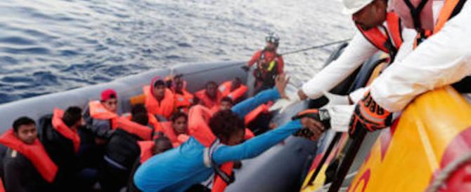 Nave da guerra tunisina sperona barcone di migranti: «Molte vittime»