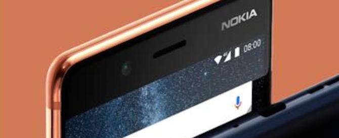 "Con Nokia 8 i selfie vanno in soffitta: ora si passa al ""bothie"""