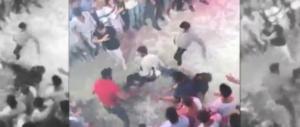Italiano ucciso in discoteca. La tragica sequenza del pestaggio (video)