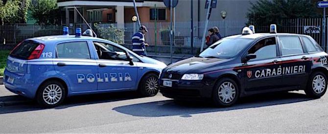 Richiedente asilo libico armato rapina e picchia una donna: arrestato