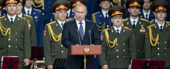 """Putin schiera 100mila soldati sul confine baltico: """"Non scherzate con la Russia"""" (VIDEO)"""
