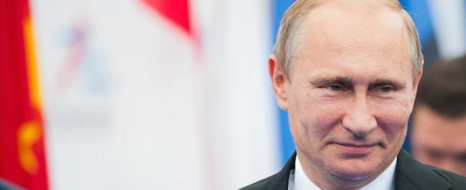 """Putin """"esercita"""" la sua Armata al confine tra Ue e Nato"""