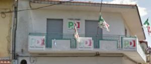 Violenza sessuale nella sede del Pd di Acerra che fu inaugurata da Berlinguer