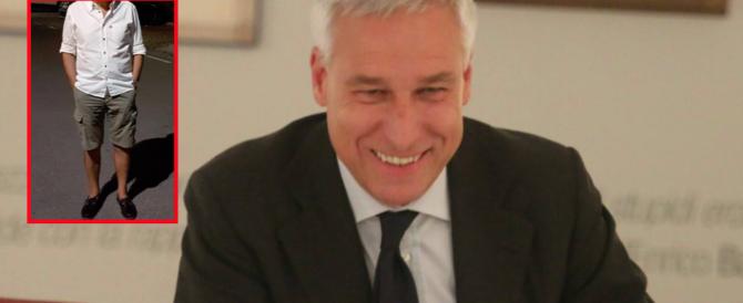 La figuraccia del sindaco Pd di Viareggio, in bermuda al ristorante: cacciato