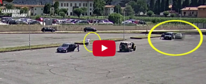 Regolamento di conti tra bande rom. Inseguimento, sparatoria e coltellate (video)