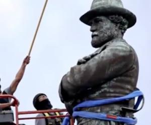 Giù i monumenti sudisti. Ma la guerra alle statue è sempre sbagliata (video)