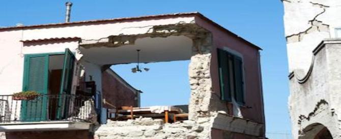 Il terremoto? Colpa dell'abusivismo. È così che l'Italia ipocrita si assolve