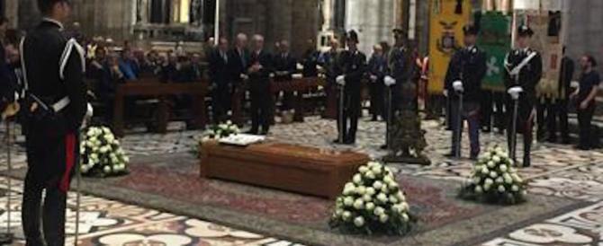 L'addio al cardinale Tettamanzi: 5000 persone nel Duomo di Milano
