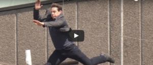 """Tom Cruise si schianta: paura sul set di """"Mission Impossible 6"""" (video)"""