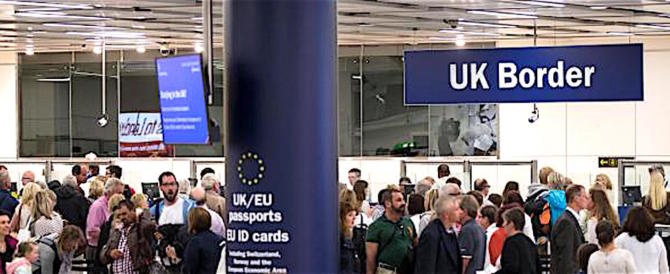 Mai così bassa la disoccupazione nel Regno Unito. Export e turismo volano