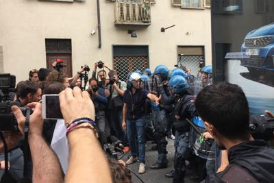 G7, violenze a Torino dal corteo degli studenti e No Tav contro la polizia