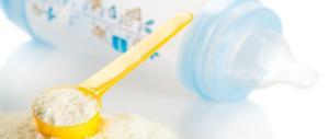 Sostanze contaminanti nel latte in polvere: meglio il latte di mucca per i piccoli