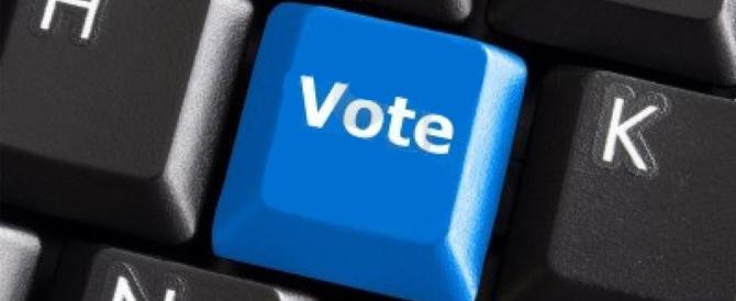 """M5S, votazioni concluse. Però la """"democrazia on line"""" è partita tra le risate"""