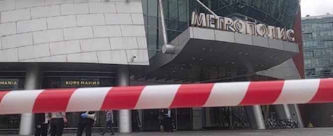 Allarme terrorismo a Mosca: evacuate 20mila persone da 30 siti della città (video)
