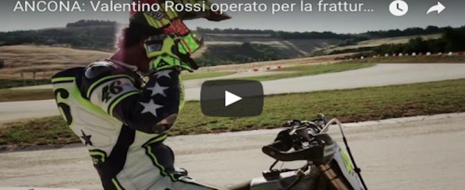 Valentino Rossi, operato, rassicura i fan: tornerò presto e più forte di prima (VIDEO)