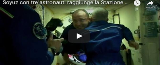 Missione nello spazio, 3 astronauti sulla Soyuz in orbita dal nostro Nespoli (VIDEO)