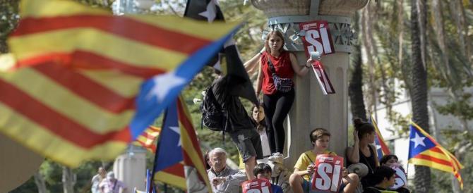 Spagna, spari al seggio: la tensione è altissima. Madrid e Barcellona alla resa dei conti (Video)