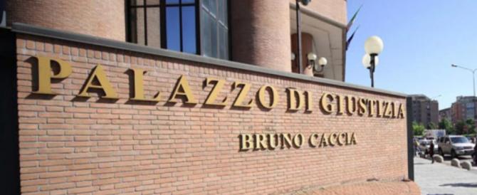 Giustizia-lumaca, a Torino processo prescritto per abusi su una 16enne