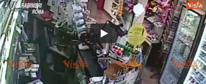 Sgominata la banda di Roma sud: così ripulivano e terrorizzavano i benzinai (video)