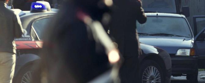 Carabiniere rischia la galera: ha sparato a chi massacrava un suo collega