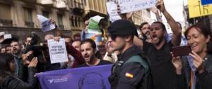 Catalogna, Rajoy vuole impedire il referendum e gioca pesante: 14 arresti