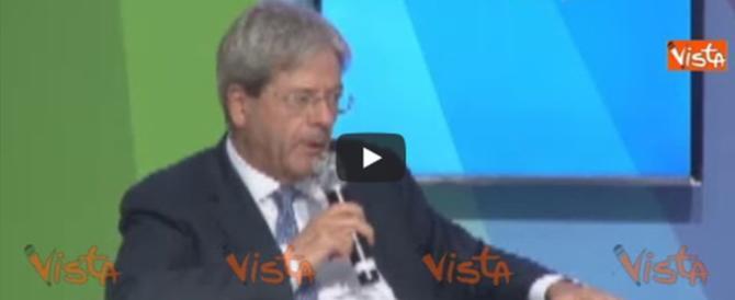 Gentiloni spiazza il Pd: «Inaccettabile screditare le istituzioni» (video)