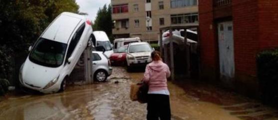 Livorno, è caccia agli alberghi. E arriva il team di psicologi per gli alluvionati